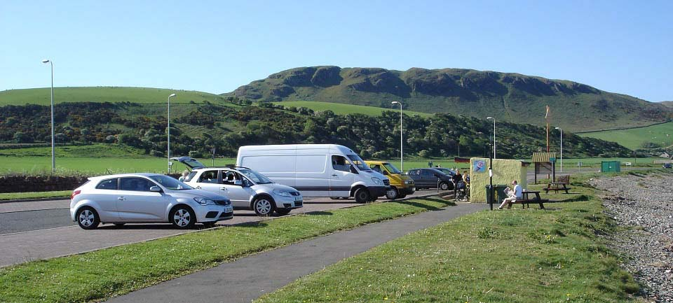 Girvan south side beach car park image